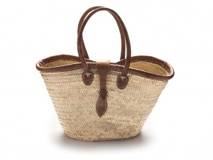 Classic basket with buckle